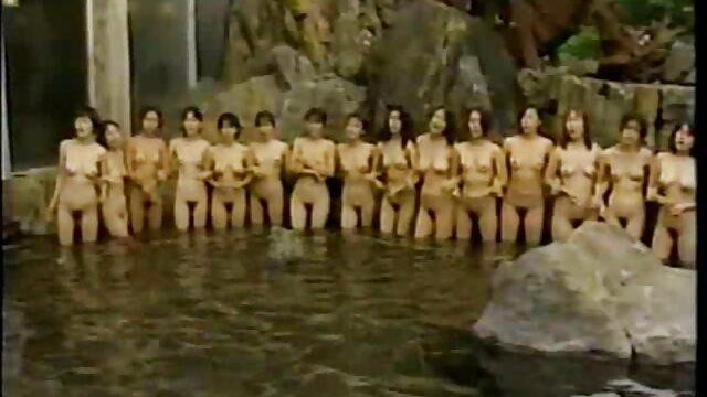 milf شانون بلو انگلیسی از کانال تلگرام سوپرایرانی اسباب بازی جنسی جدید خود لذت می برد