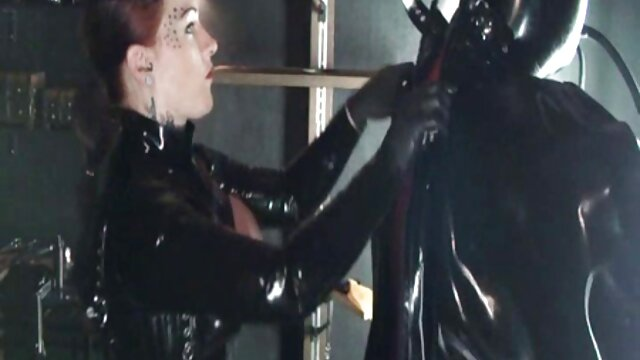 نوجوان کانال تلگرام فیلم سوپر سکسی کامل با انگشت شورت سفید روی وب کم