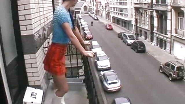 ضخیم MILF سارا جی و جوان جیدن جیمز ریزه های خود فيلم سكس در تلگرام را می خورند