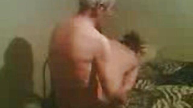 میشل مالون ، دختران سیاه پوست و ناز ، در مشکلات خود فيلم سكس در تلگرام خروس سختی می گیرد