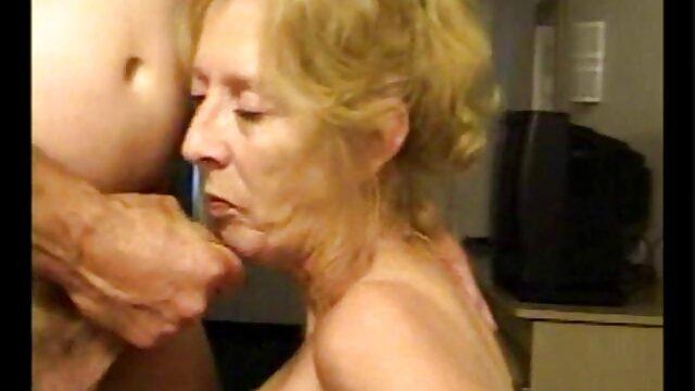 4 کانالهای تلگرام فیلم سکسی جولای بریجیت ب با یک پلیس درگیر شد تا از دردسر دور شود