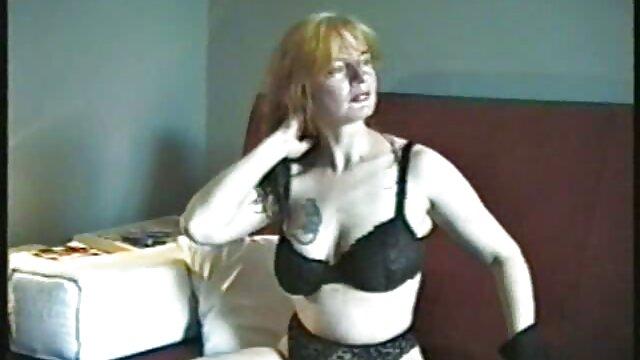پوست - الاغ بزرگ MILF Kiara Mia دانلود کانال فیلم سوپر در تلگرام عاشق یک دیک بزرگ سیاه و سفید است