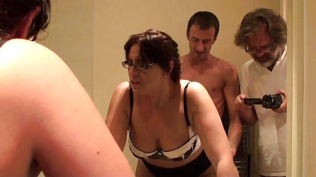 Keisha Grey Big Tits یک خروس کوچک و کانالهای تلگرام فیلم سکسی سخت الکسیس تگزاس را به اشتراک می گذارد