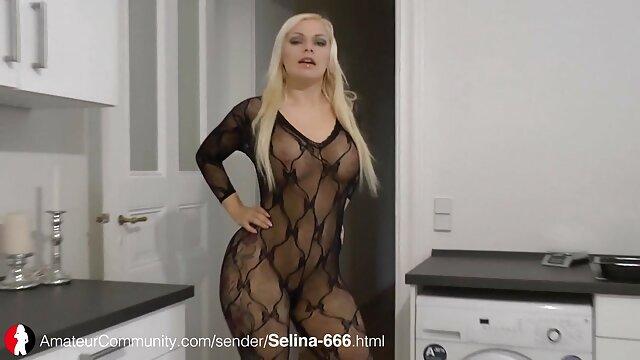 مادر عزیزم داغ کانال سکسی سوپر کلمبیایی ، کارلا ، می خواهد فریب بخورد