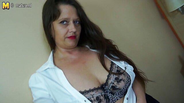 خواهر شیطان خود را زیر دوش فیلم سکسی سوپر در تلگرام آبدار