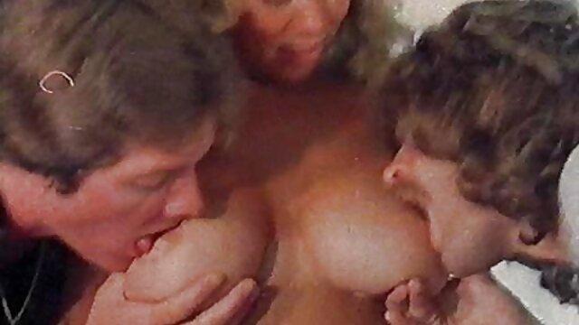پسر خوش خنده Ziggy ستاره خر در مورد تست سوپر کانال سکس بازیگری