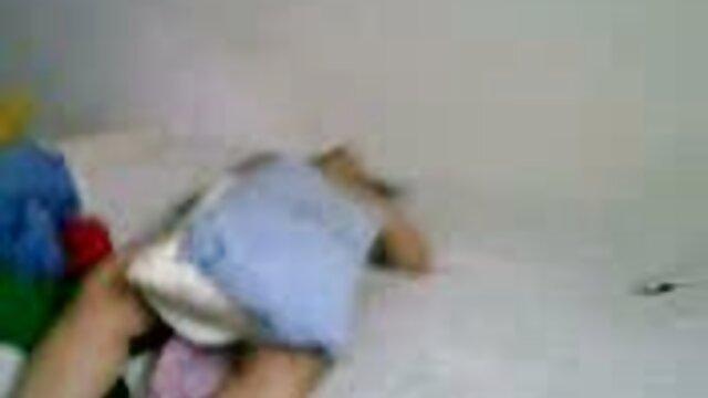 ناتالیا استار بلوند dildo در لباس زیر زنانه سیاه و گروه فيلم سوپر تلگرام سفید داغ