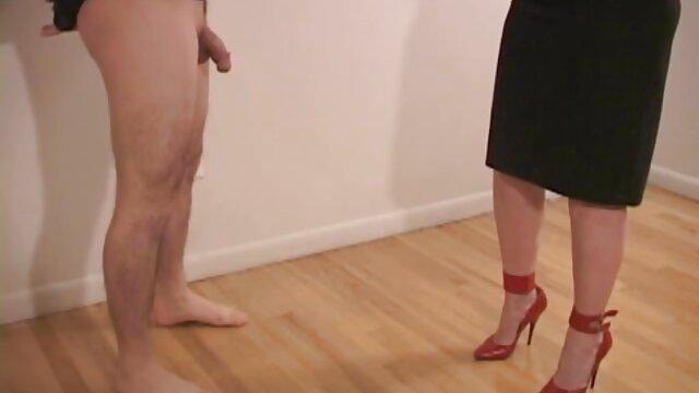 بازی با شورت کانال تلگرام سوپر سکسی او را تماشا کنید