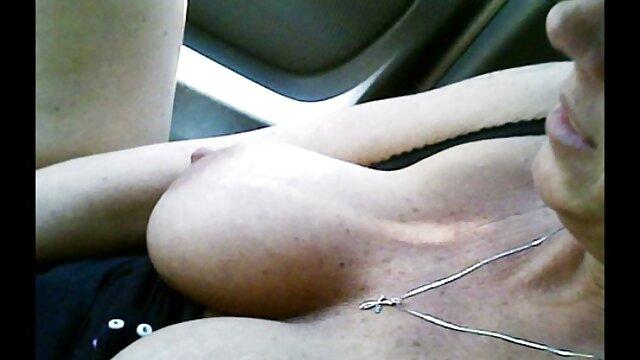 زن و شوهر جوان پرشور عشق را مقعد می کنند پورن کده