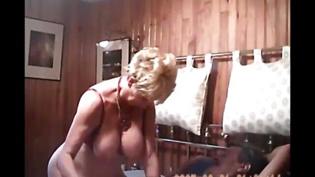شورت من لینک کانال تلگرامی فیلم سکسی خیلی خیس است! کارگزاران