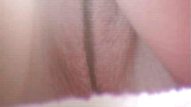 کیتی کمپبل به طور وحشیانه ای روی گروه فیلم سکسی در تلگرام میز تجاوز کرد