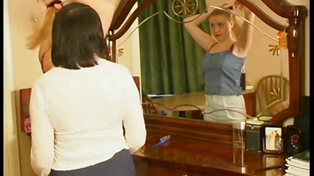 زن کانال فیلم سوپر درتلگرام خانه دار پر زرق و برق دزدکی کرد